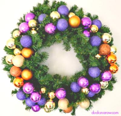 wreaths, decorations, holidays, crafts, DIY