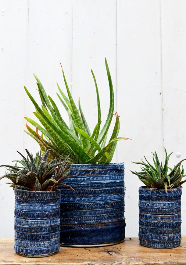 Planters made out of denim recycled jeans #DIY