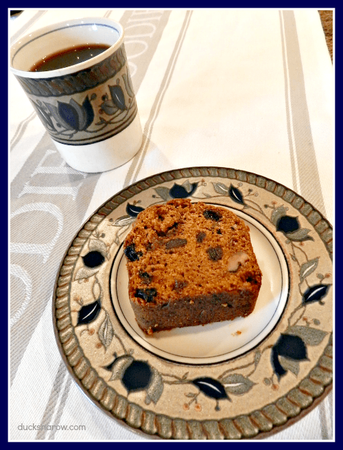 Recipe for pumpkin raisin nut bread