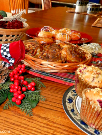 How to host family parties during the holidays the easy way!