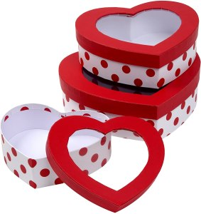 Heart shaped Valentine goodie boxes with windows #Ad