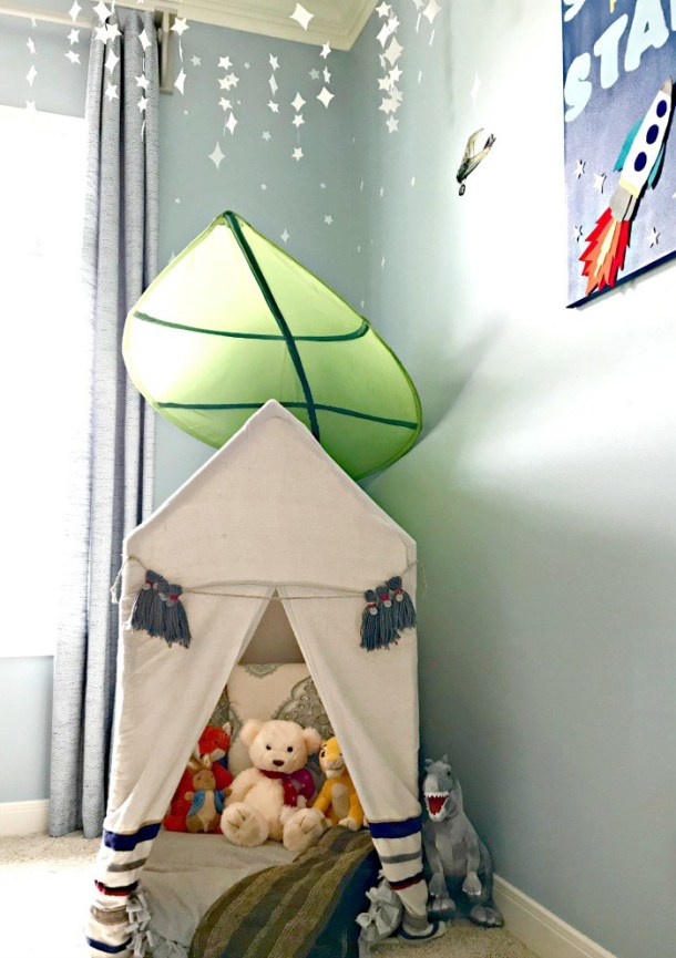 Reading tent for a boy's bedroom from Abbotts At Home #kidsrooms
