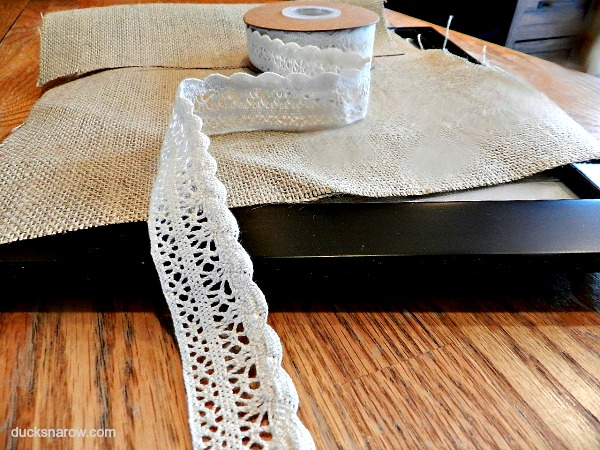 Simple supplies to make a beautiful burlap and lace tray #crafts