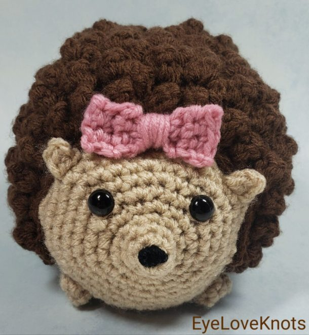 Honey the hedgehog crochet pattern