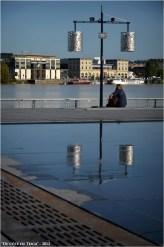 BLOG-DSC_17233-réverbère miroir d'eau Bordeaux, Garonne et quais Bastide