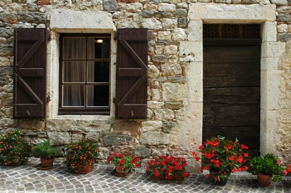 CP-DSC_9124-façade & pots de fleurs