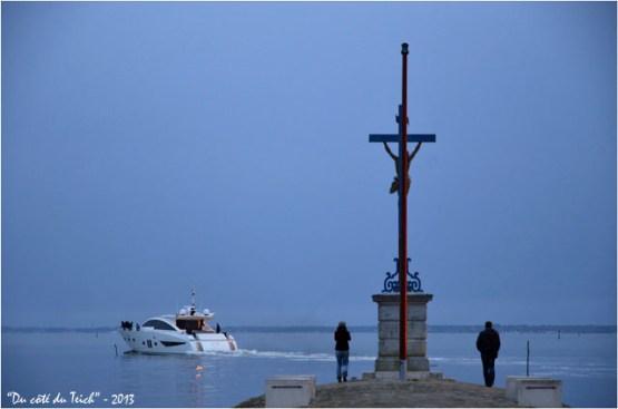 BLOG-DSC_20882-Noé yacht 28 m Couach quittant port Larros 11 Avril 2013