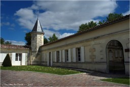 BLOG-P7110183-chateau Malescasse