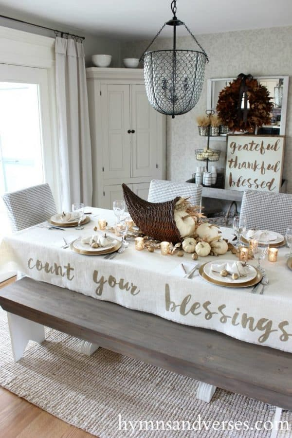 5 Easy Thanksgiving Tablecloth Ideas To Make For Your