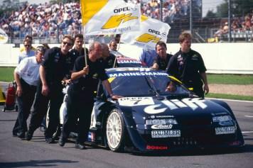 Reuter's car back in Silverstone © www.jakobebrey.com