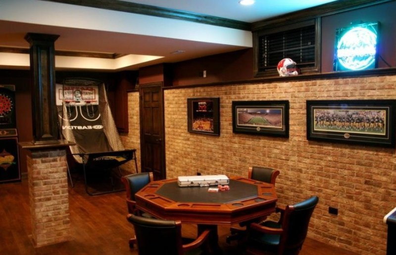 poker table for man cave
