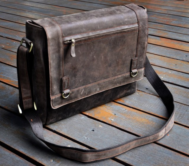 designer laptop carry case for men