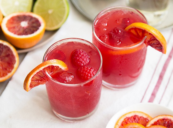 BLOOD ORANGE AND BOURBON whiskey drink