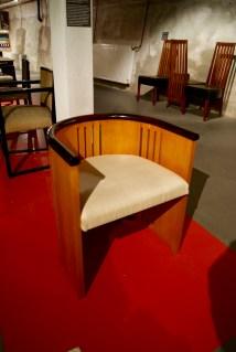 Door Dudok ontworpen stoel