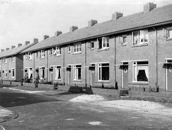 24e woningbouwcomplex, Stalpaertstraat, Hilversum (1952). Foto: archief www.gooienvechthistorisch.nl