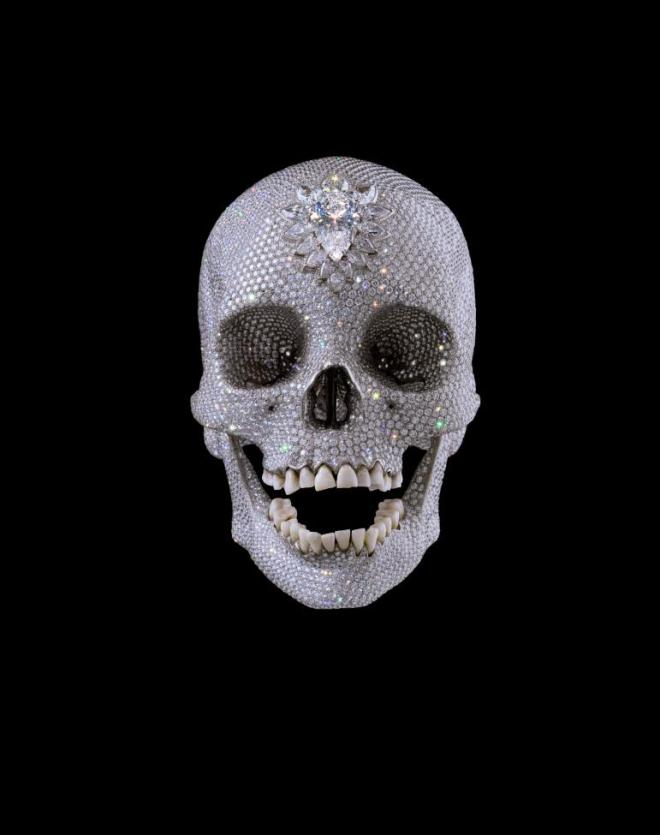 Damien Hirst, For the love of God, 2007, denti, platino e diamanti, 17,1×12,7×19,1 cm, White Cube, Londra