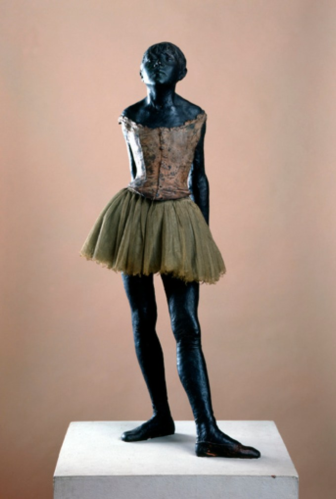 Edgar Degas, Ballerina di 14 anni, 1880-1881, Bronzo, Mussola, Cera, Seta