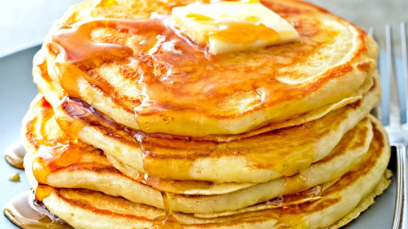 How To Make Old Fashion Fluffy Southern Buttermilk Pancakes