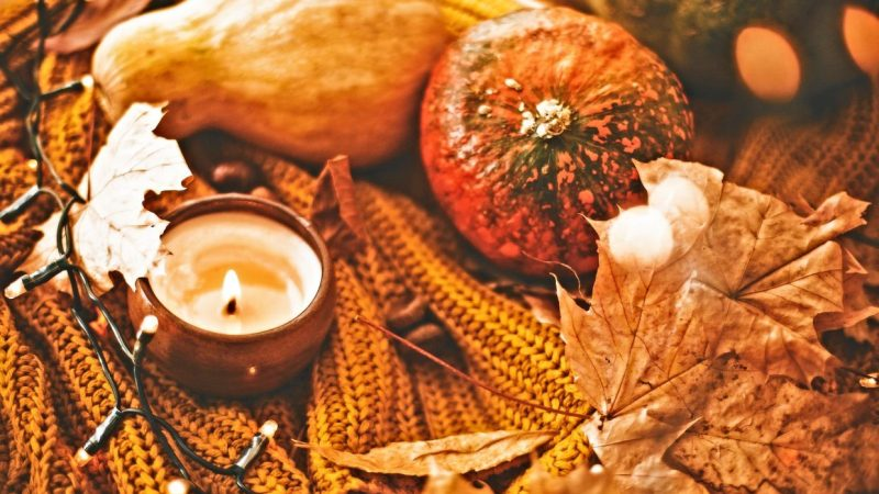 Six Ways To Prepare For A Cozy Thanksgiving