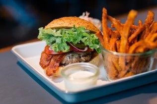 Bob&Mary_burger
