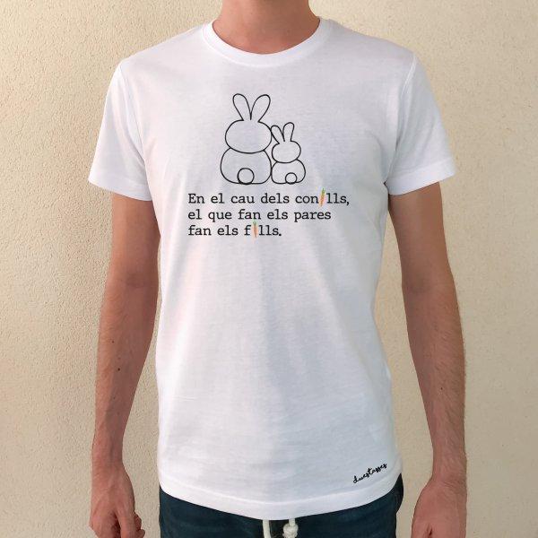 camiseta en el cau dels conills el que fan els pares fan els fills