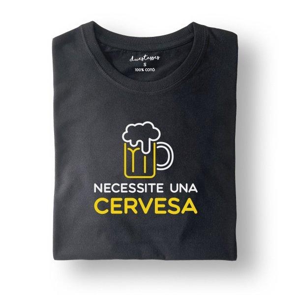 camiseta negra necessite una cervessa