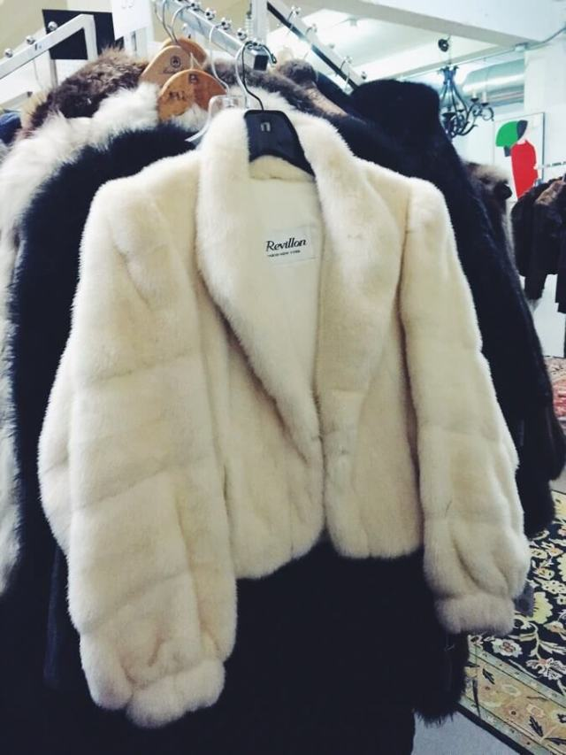 Alex Duffy of Duffy Dossier — 3 Ways to Style Fur, womens clothes, chicago microblogger
