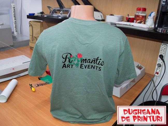 dugheana-de-printuri-tricouri-personalizate-romantic-art-events-agentie-de-publicitate-productie-publicitara-print-cutter-grafica-ddplivrare-gratuita-de-autocolant