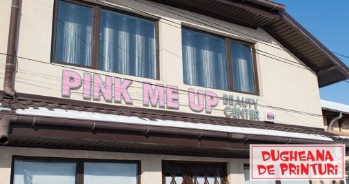 pink me up litere volumetrice halou dugheana de printuri agentie de publicitate ramnicu sarat (1)