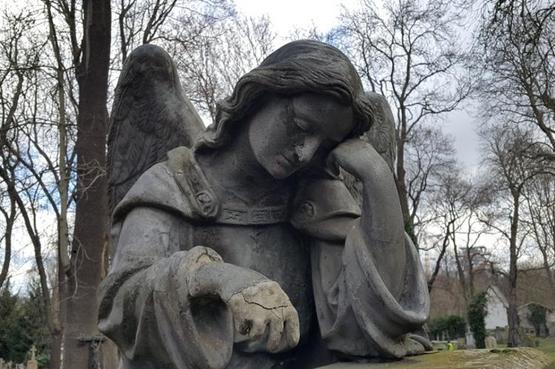 Картинки по запросу кладбище радоница