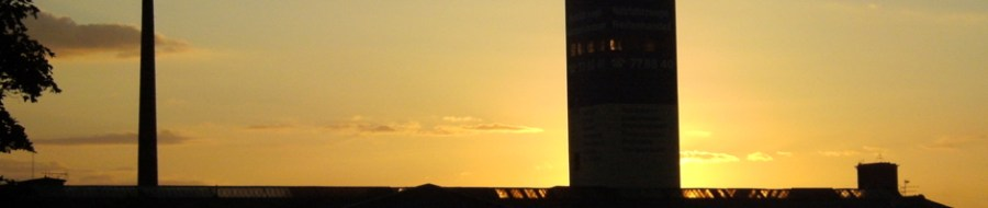 Sonnenuntergang am Rhein, Firma Alga in Wanheimerort, Foto: Petra Grünendahl