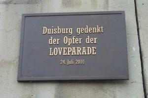 Rampe zum Alten Güterbahnhof, Karl-Lehr-Straße. Unglücksort der Loveparade