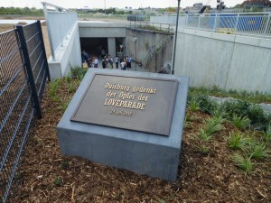 Fertig gestellte Gedenkstätte für die Opfer der Loveparade 2010 in Duisburg