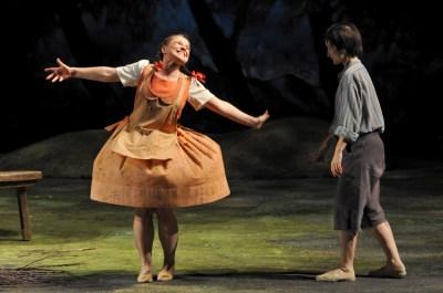 Märchen-Oper Hänsel und Gretel: Romana Noack, Katarzyna Kuncio. Foto: Frank Heller.