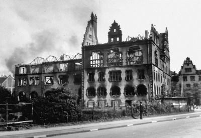 Das Mercator-Gymnasium an der Musfeldstraße fiel den Angriffen vom 21./22. Mai 1944 zum Opfer.