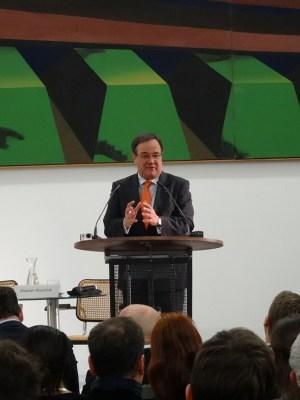 """""""Kunstwerke ist kein 'Assets', welche beliebig zu Geld gemacht werden können wie Wertpapiere"""", so (CDU-Vorsitzender NRW und Oppositionsführer im Landtag). Foto: Petra Grünendahl."""