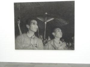 """Zhang Huan (*1965): """"Night"""" (Nacht), Asche auf Leinwand, 2007. Foto: Petra Grünendahl."""