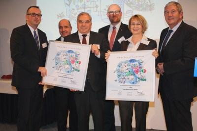 Gruppenbild mit den diesjährigen Gewinnern: (v. l. n. r.) Dirk Suceska (TARGOBANK), Dr. Stefan Dietzfelbinger (IHK Duisburg), Rainer Morawitz (TARGOBANK), Oberbürgermeister Sören Link, Martina Tinnefeld (Franz Haniel) und Wolfgang Schmitz (Unternehmerverband). Foto: Unternehmerverband.