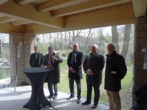 Eröffnung des Tigergeheges im Zoo Duisburg (v. l.): Dr. Joachim Bonn, Achim Winkler, Sören Link, Dr. Klaus Engel, Theo Pagel. Foto: Petra Grünendahl.