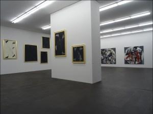 Georg Baselitz (goldumrandet) und Emilio Vedova (schwarzumrandet) im MKM Museum Küppersmühle für Moderne Kunst. Foto: Petra Grünendahl.
