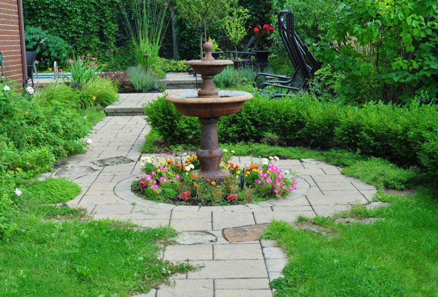 une fontaine dans votre jardin