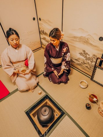 Japanese Tea Ceremony Etiquette