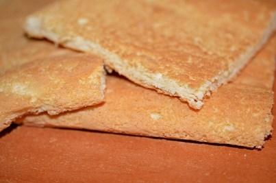 prajitura-cu-iaurt-si-jeleu-de-portocale-1