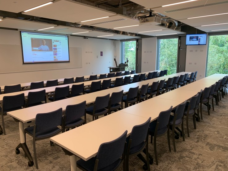 Teaching and Learning Centre: Lecture theatres and flexible study spaces
