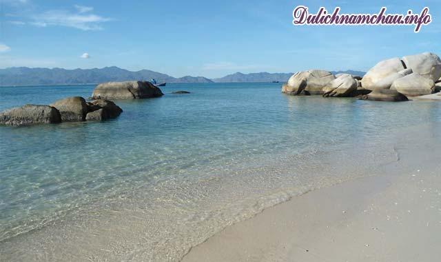 Đảo Cù Lao Câu hoang sơ là điểm đến không thể bỏ qua đối với mọi lữ khách
