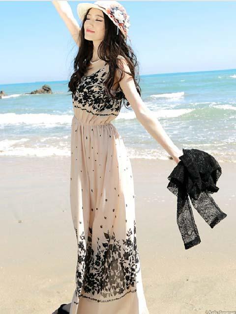 Váy đầm Maxi giúp bạn gái trở nên quyến rũ hơn trước biển