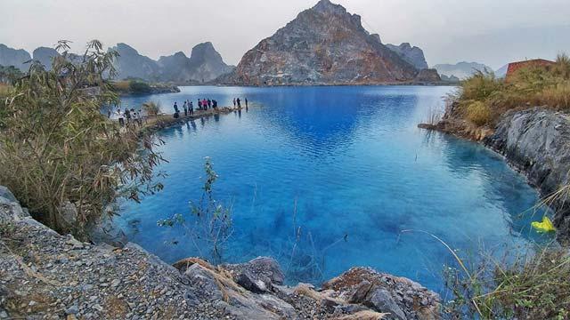 Tuyệt tình cốc - Hồ nước xanh ở Hải Phòng