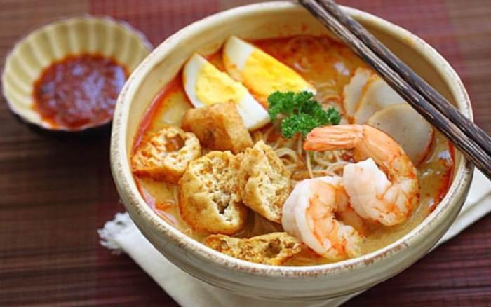 tong-hop-8-mon-ngon-hap-dan-nhat-tai-singapore-6