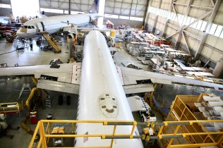 AAR completes maintenance for United Airbus aircraft
