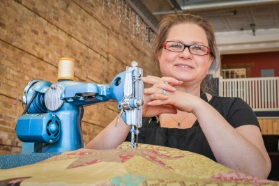 Duluth Folk School Instructor Sarah Chambers